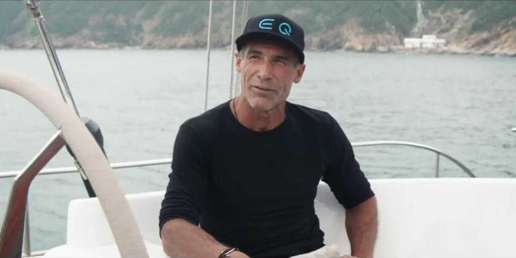 L'expédition futuriste de  Mike Horn avec Mercedes-EQ